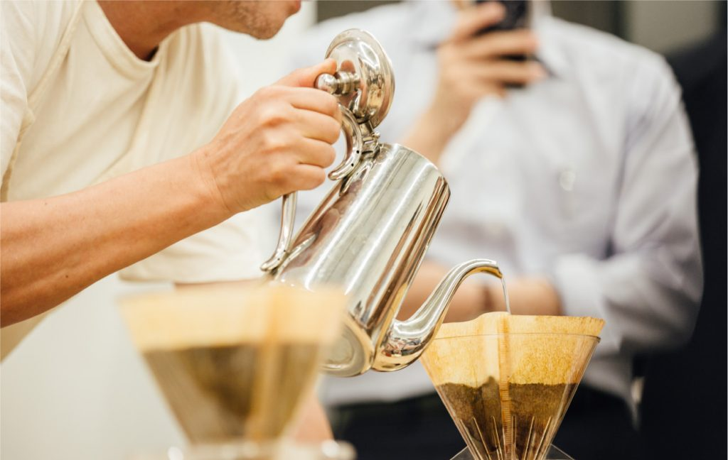 コーヒーは食材。 挽き、淹れることを料理と考える。